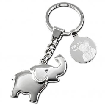Schlüsselanhänger Elefant mit einer Fotogravur von einer Oma und einem Kind und einer Textgravur Hab dich lieb