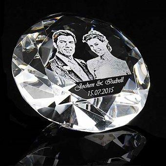 Fotoglas Diamant 12cm mit einer Foto- und Textgravur.