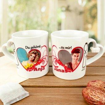 Herzhenkel Tassen mit Valentinstagsdesign