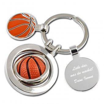Schlüsselanhänger Basketball mit Textgravur. Ein Basketball in rot/braun ist als Anhänger ausgestattet welches sich 360 grad drehen kann.