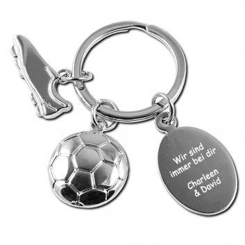 Schlüsselanhänger Fußball mit einem Fußballschuh, Fußball und einer Gravurplatte