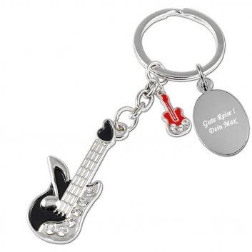 Schlüsselanhänger Gitarre schwarz mit einer Textgravur auf einer Gravurplatte