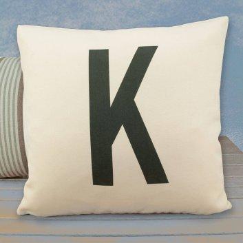 Sofakissen mit Buchstaben K