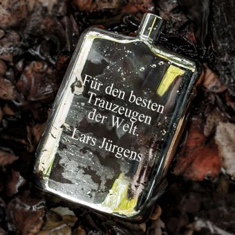 versilberter Flachmann von Edzard mit Textgravur in 6,76oz