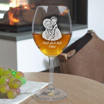 Weißweinglas von LEONARDO mit Foto und Text graviert