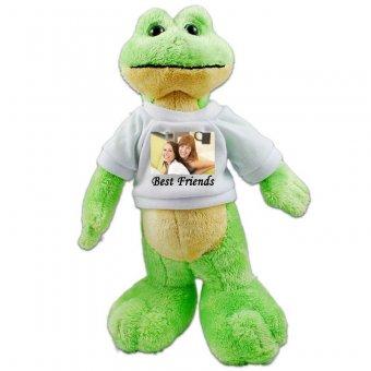 grüner stehnder Frosch als Kuscheltier mit T-Shirt und Fotodruck von besten Freundinnen