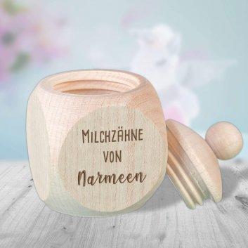 Zahnbox aus Holz mit Namen graviert