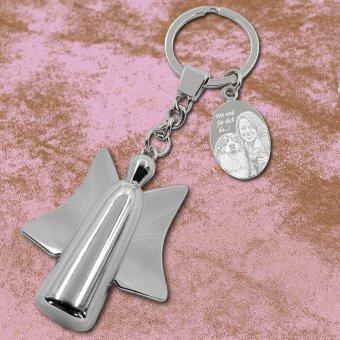 Beschützer Schlüsselanhänger mit Fotogravur auf Lederunterlage