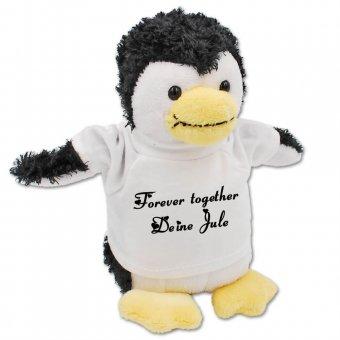 Kuscheltier Pinguin mit bedruckten T-Shirt