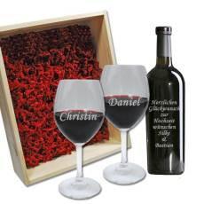Set Rotwein mit toller Gravur auf beiden Gläsern und auf der Rotwein-Flasche.