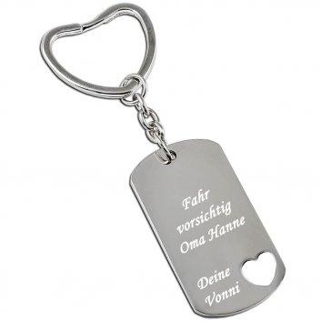 Schlüsselanhänger Dogtag mit ausgestanzten Herz und einer Textgravur