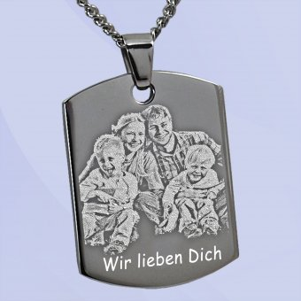 Dogtag Fotoanhänger aus Edelstahl mit Gravur eins Familienfotos